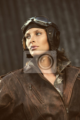 Vintage pilot: portret modelka