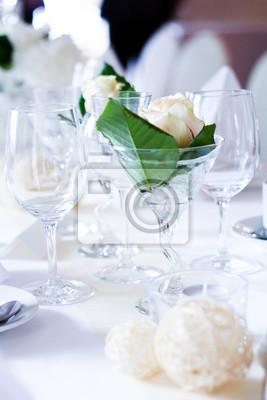 Weisse Hochzeitsdekoration
