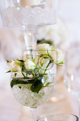 Weisse Rosen bei Hochzeit