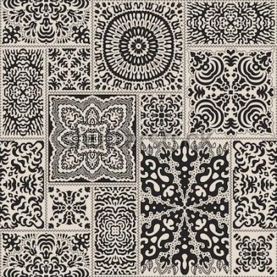 Naklejka Wektorowy abstrakcjonistyczny bezszwowy patchworku wzór od czarnych i beżowych etnicznych ornamentów. Tapeta w tle. Egzotyczny batik, fantazyjny maswerk rozety, tekstylny nadruk shibori, papier do pak
