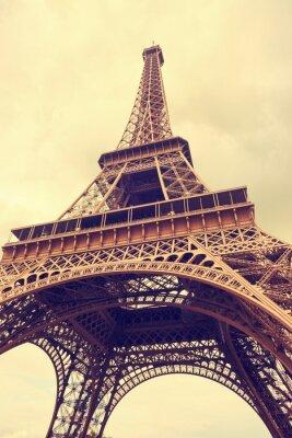 Naklejka Wieża Eiffla w Paryżu. Podział kolor efekt tonowania