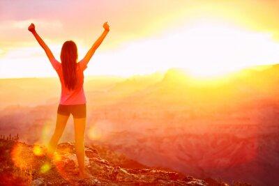 Naklejka Wolność i przygoda - kobieta szczęśliwa, Grand Canyon