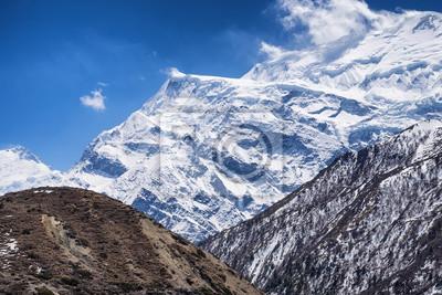 Wysokie góry w okresie letnim. Piękne krajobrazy