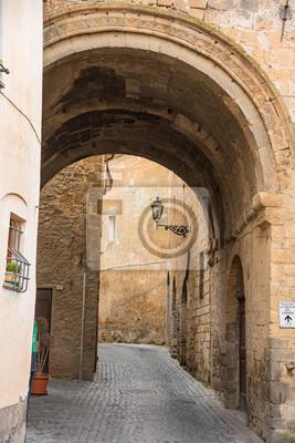 Naklejka Orvieto nadal utrzymuje atmosferę średniowiecznego miasta w 中 世 の 雰 囲 気 を 残 す オ ル ヴ ィ エ ー ト