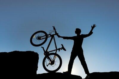 Naklejka zirveye bisikletle ulaşma başarısı