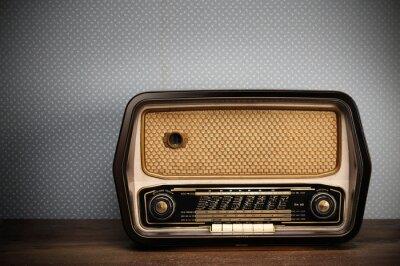 zabytkowe radiowych na tle archiwalne