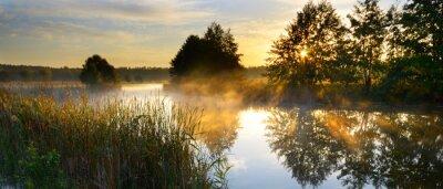 Naklejka Zachód słońca nad rzeką