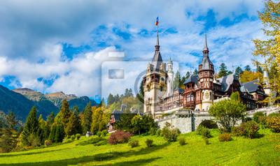 Naklejka Zamek Peles Sinaia w sezonie jesiennym, Transylwania, Rumunia chroniony przez UNESCO Światowego Dziedzictwa UNESCO