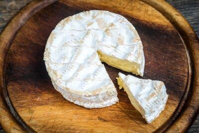 Naklejka Zamknij się plasterka sera camembert