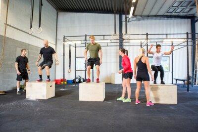 Naklejka Zawodnicy Praktykowanie Jumps Box