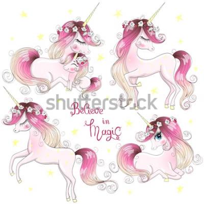 Naklejka Zestaw z ręcznie rysowane piękne słodkie małe księżniczki dziewczynki jednorożce. Ilustracji wektorowych.