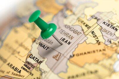 Naklejka Zielony pin na mapie.
