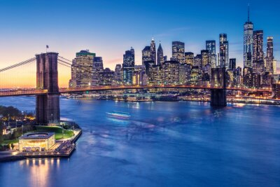 Obraz a magnificent view of the lower Manhattan and Brooklyn Bridge