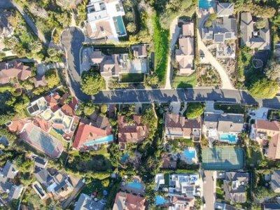Obraz Aerial view of La Jolla little coastline city with wealthy villas and swimming pool. La Jolla, San Diego, California, USA. West coast real estate development.