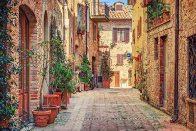 Obraz Aleja w starym mieście Toskanii we Włoszech