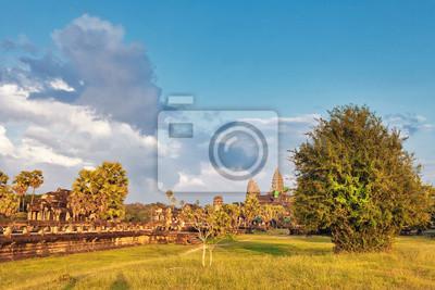 Angkor wat świątyni w świetle słońca