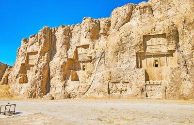 Antyczni grobowowie w Naqsh-e Rustam, Iran
