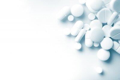 Obraz Apteka, białe tabletki antybiotykowe.