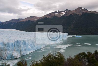 Argentyński lodowiec Perito Moreno.