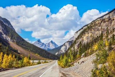 Obraz Autostrady i wspaniałe góry