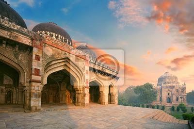 Obraz Bada Gumbad i sheesh Gumbad Complex na wczesnym rankiem w Lodi Garden Zabytków, Delhi, Indie