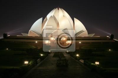 Obraz Bahai Lotus Temple w nocy w Delhi, Indie
