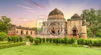 Obraz Bara Gumbad i meczet Fasady Ogrody Lodi lub mauzolea ogrodów Lodhi w New Delhi, Indie