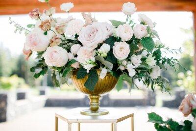 Obraz beautiful vase of roses. wedding decor. luxury bouquet