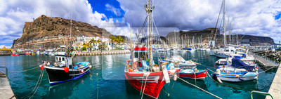 Best beaches of Gran Canaria - picturesque fishing harbor Puerto de Mogan
