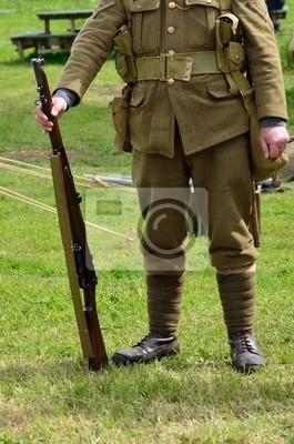 Bezgłowy żołnierz Na Baczność Obrazy Redro