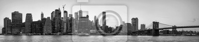Obraz Black and white picture of New York City skyline silhouette at sunset, USA.