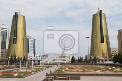 Bliźniacze wieże w dzielnicy govermental, Astana, Kazachstan