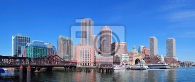 Boston skyline nad wodą