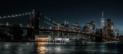 Obraz Brooklyn Bridge and Jane's Carousel with views of downtown Manhattan