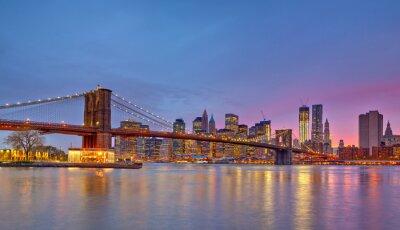 Obraz Brooklyn Bridge i Manhattan o zmierzchu
