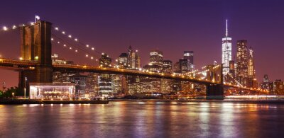 Obraz Brooklyn Bridge i Manhattan w nocy, Nowy Jork, USA.