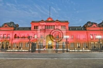 Casa Rosada fasada budynku położony w Mayo placu.