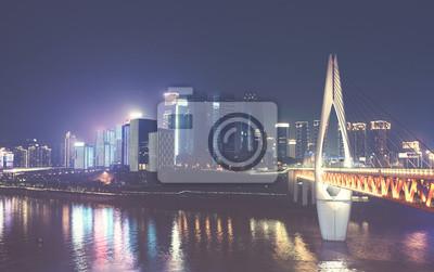 Chongqing miasta linia horyzontu przy nocą, barwi stonowanego obrazek, Chiny.