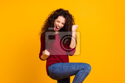 Obraz Close up photo amazing beautiful her she lady all possible yell voice raised fists hip in delight like rock star guitar wear red knitted sweater pullover clothes outfit isolated yellow background