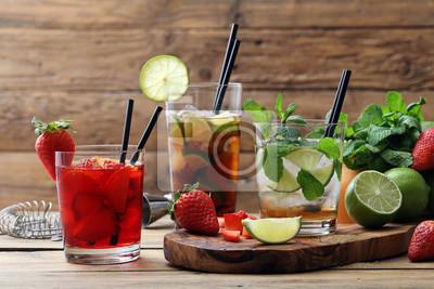 Obraz cocktail alcolico con frutta