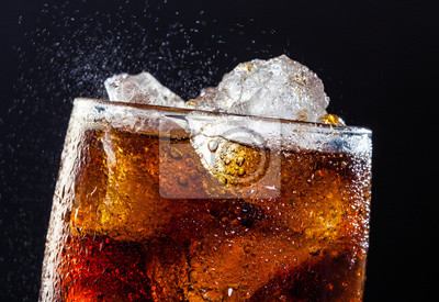 Obraz Cola pić Fizz z lodem w szklance