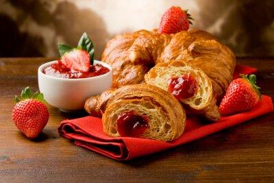 Obraz Croissant farcito alla marmellata di fragole