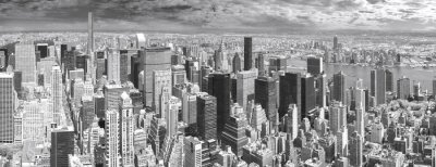 Czarno-biały widok panoramiczny na Manhattanie w Nowym Jorku, USA.