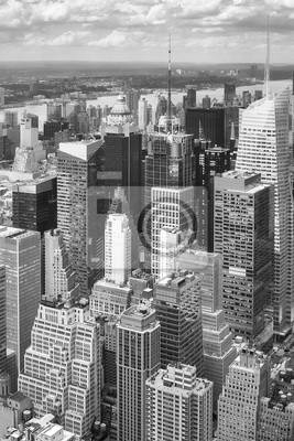 Czarny i biały powietrzny obrazek Nowy Jork drapacze chmur, usa.