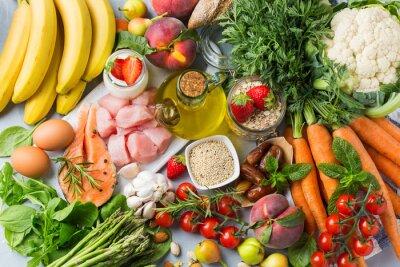 Obraz DASH flexitarian mediterranean diet to stop hypertension, low blood pressure