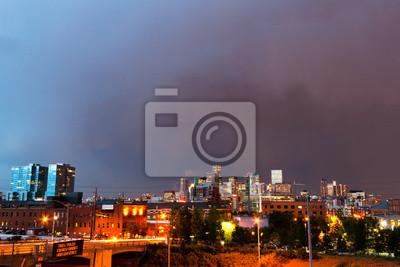 Denver Colorado Skyline o zmierzchu