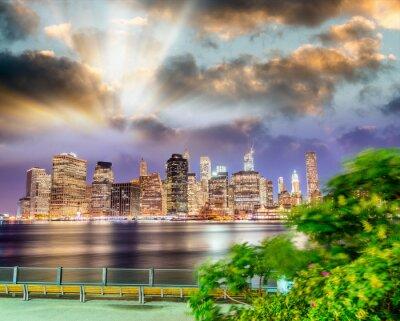 Downtown Manhattan at night. View from Brooklyn Bridge Park, Brooklyn