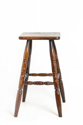 Drewniana prętowa stolec odizolowywająca na bielu