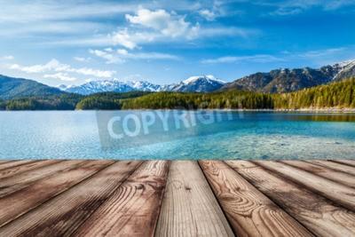 Obraz Drewniane deski Europejski tło natura z jeziora w Alpach w Niemczech