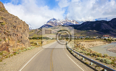 Droga do El Chalten w Argentynie.